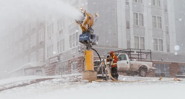snowshoe-snowmaking-11-21-16